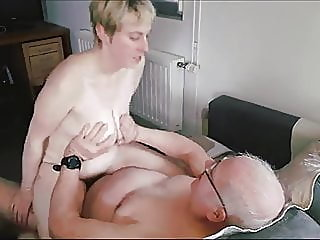 amateur,hairy,group sex