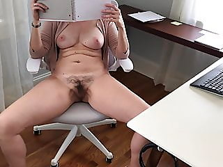 amateur,flashing,milf